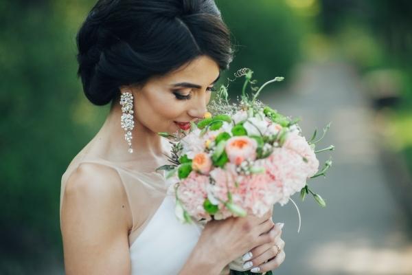 11 Xu hướng phụ kiện cô dâu cho năm 2019