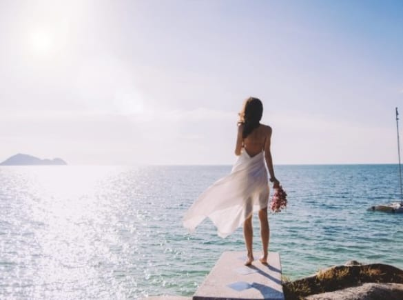 Cách chụp ảnh cưới ở bãi biển đẹp