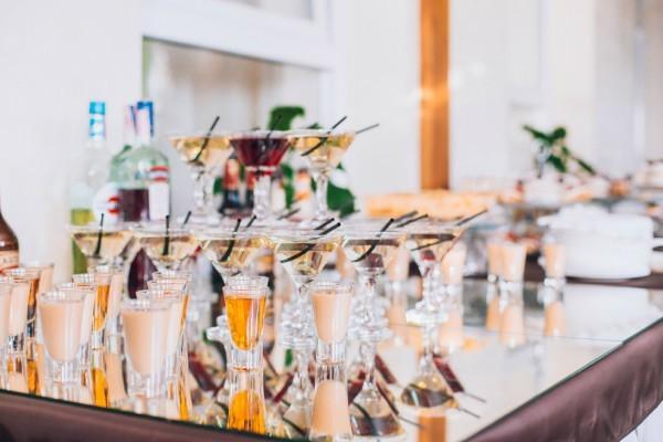 Top 6 thức uống không cồn ngon cho tiệc cưới của bạn