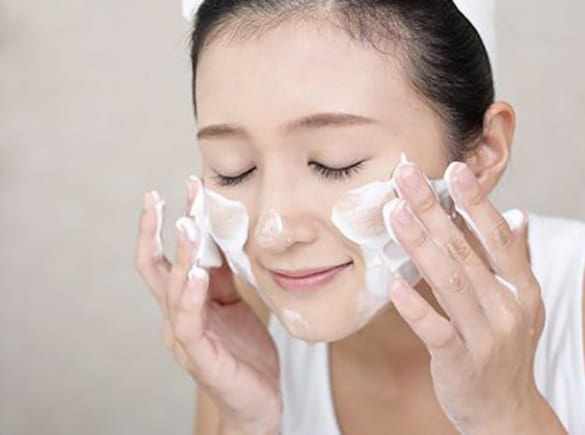9 cách làm sạch hết chất nhờn trên da mặt nhanh và hiệu quả nhất