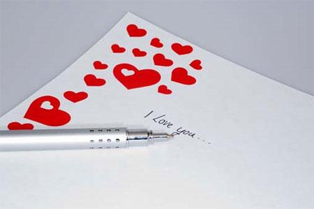 Thầy giáo trả lại thư tình cho học sinh trong ngày đám cưới
