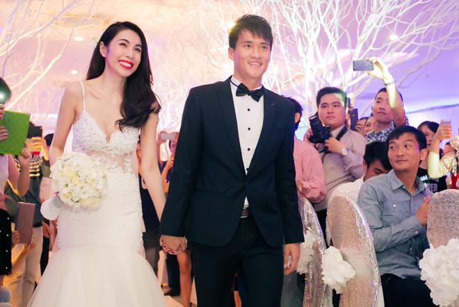 Những sự cố nhớ đời trong đám cưới của sao Việt