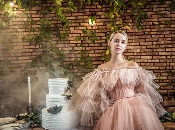 Cảm hứng hoa trong sương cho váy cưới mùa thu 2019