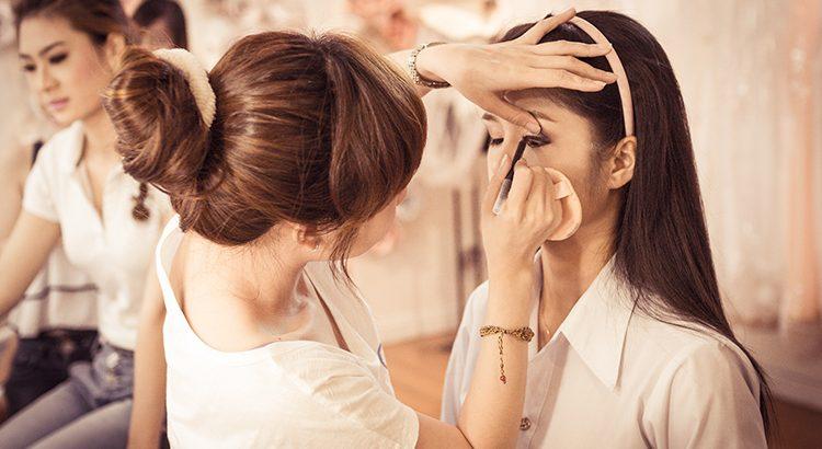 Những điều cần lưu ý khi makeup, làm tóc cần nhớ để cô dâu không phải 'ôm hận'