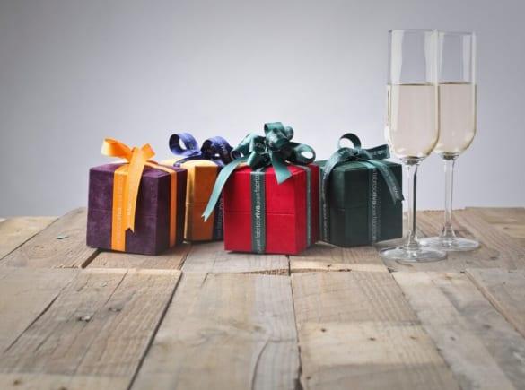 Những món quà cảm ơn khách mời không đụng hàng cho lễ cưới của bạn