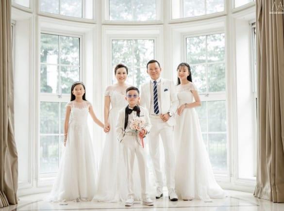 Chụp ảnh gia đình dịp Tết Nguyên Đán