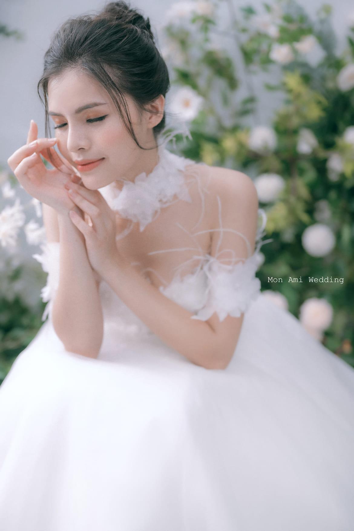 MON_8995