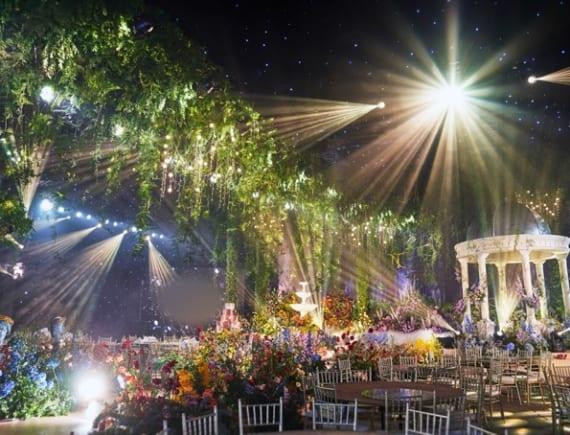 Siêu đám cưới ở Ninh Bình của rich kid Việt